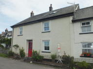 3 bedroom property in Cefn Gorwydd...