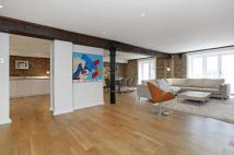 3 bed Flat in St. Saviours Wharf...