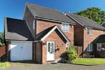 Detached house in Vicarage Close...