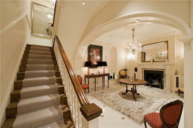 6 bedroom house for sale in cadogan place london sw1x sw1x. Black Bedroom Furniture Sets. Home Design Ideas
