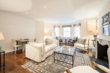 3 bedroom Flat for sale in Cadogan Square...