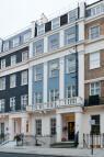 Eaton Place & 32 Belgrave Mews house