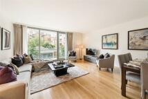 3 bedroom Flat for sale in Knightsbridge, London...