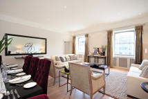 3 bedroom Flat to rent in Princes Gate, London. SW7
