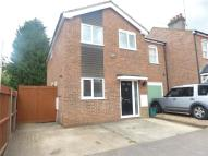 3 bed semi detached home to rent in Coleswood Road, HARPENDEN