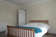 Flat to rent in Nelson Road North...