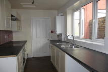 2 bedroom Terraced property in Hill Street, WA10 2SS