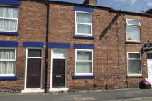 2 bedroom house in Fir Street, WA10 3RA