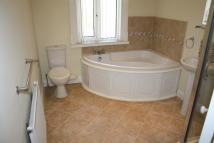 2 bed Terraced property to rent in Stamford Road, Lees...