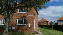 2 bedroom semi detached house in Glenhurst Road...