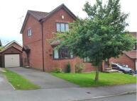 2 bedroom semi detached home to rent in Moor Farm Avenue...