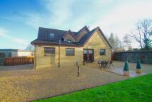 Detached Villa for sale in Crosshill Road...