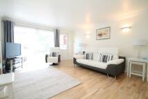 3 bedroom semi detached property in DAIRSIE GARDENS, Glasgow...