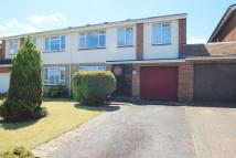 4 bedroom semi detached house in Mitchell Drive, Fair Oak...