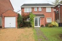 4 bed Detached house in Chestnut Close...