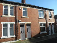 Flat to rent in Grey Street, Wallsend...