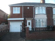 Lisle Grove semi detached house to rent