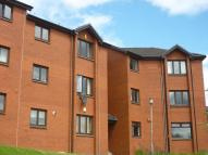 Flat to rent in Sandbank Drive, Glasgow...
