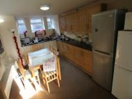 8 bed Terraced house in Manor Terrace