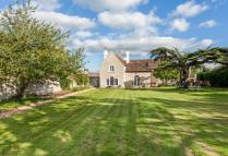 7 bedroom Detached property in Poolbridge Road...