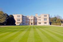 4 bed Maisonette for sale in Gayhurst Court, Gayhurst