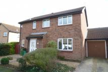 Detached property in Sunridge Close...