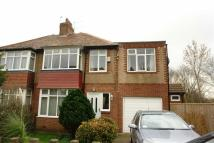 3 bed semi detached house for sale in The Oval...