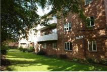 Flat to rent in Wiseton Court...