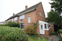 3 bed semi detached house in The Roundway, Newcastle
