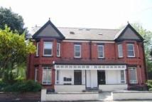 Flat to rent in Everett Road, Withington...