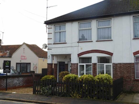 2 Bedroom Apartment To Rent In Milton Avenue Kings Lynn Norfolk Pe30