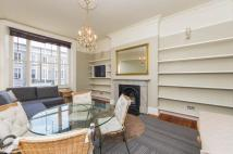 Flat to rent in 49 Earldey Crescent...