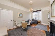 Flat to rent in 49 Eardley Crescent...