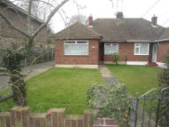 2 bedroom Semi-Detached Bungalow to rent in Trinity Road, Rayleigh