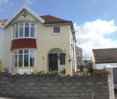 3 bed semi detached house in Maple Grove, Brynmill...