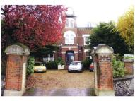 1 bed Flat in Birdhurst Road...