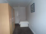 Studio flat in Burns Way, Heston...