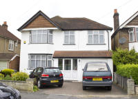 4 bed Detached home to rent in Buckland Avenue, Slough