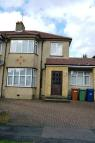 4 bed semi detached home in Hawthorn Drive, London