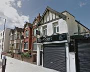 Flat to rent in Wembley Hill Road...