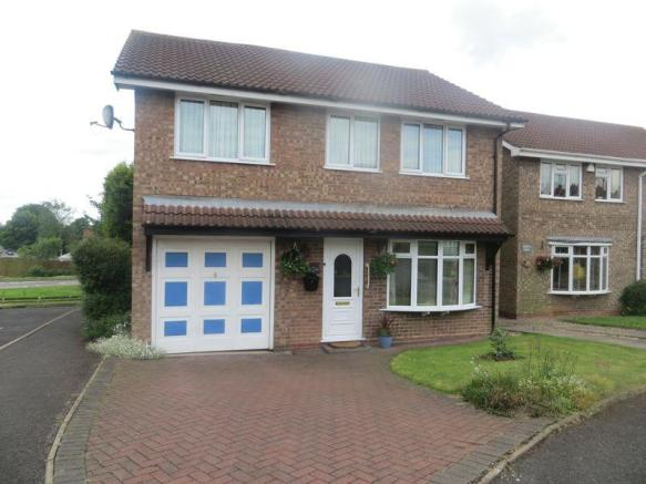 5 bedroom detached house for sale in lintly tamworth b77