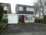 3 bedroom Detached home in 3 Bedroom House...