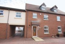 4 bed semi detached property to rent in Thacker Drive, Lichfield...