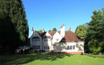 8 bedroom Detached home in Stoughton Drive South...