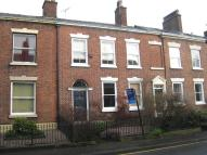 Town House to rent in Park Lane, Macclesfield
