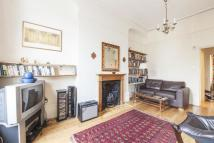 Flat for sale in Newington Green Road