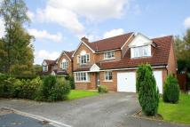 Detached house in Woodlands Green...