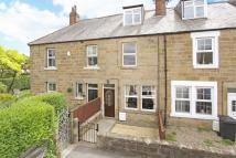 4 bed Terraced house in Chestnut Grove...