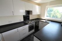 Flat to rent in Thorpe Hall Avenue...