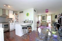 2 bedroom Flat in Liverpool Road, N7